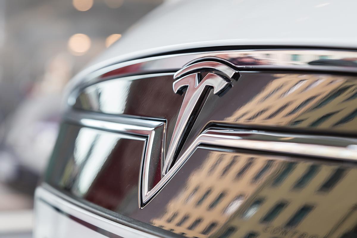 Tesla-nuevos-lanzamientos Tesla Roadster