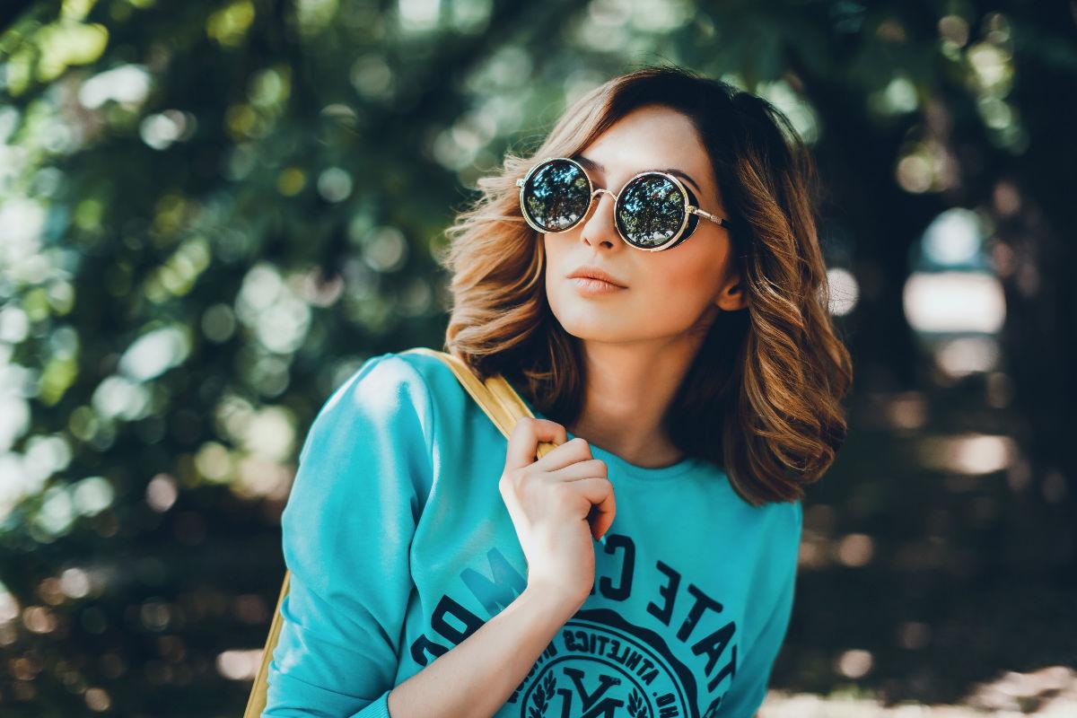 lentes- mujer- exige pareja relación no funciona