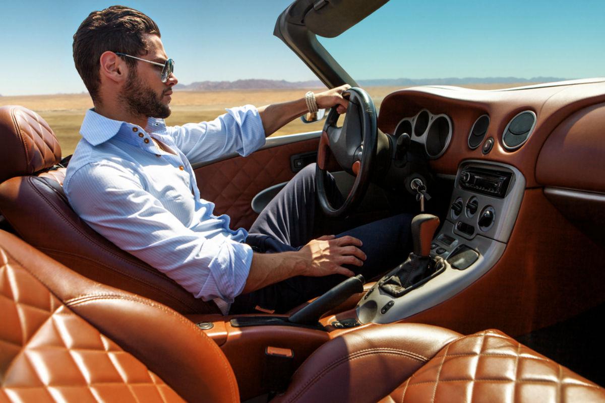 hombre carro manejar auto