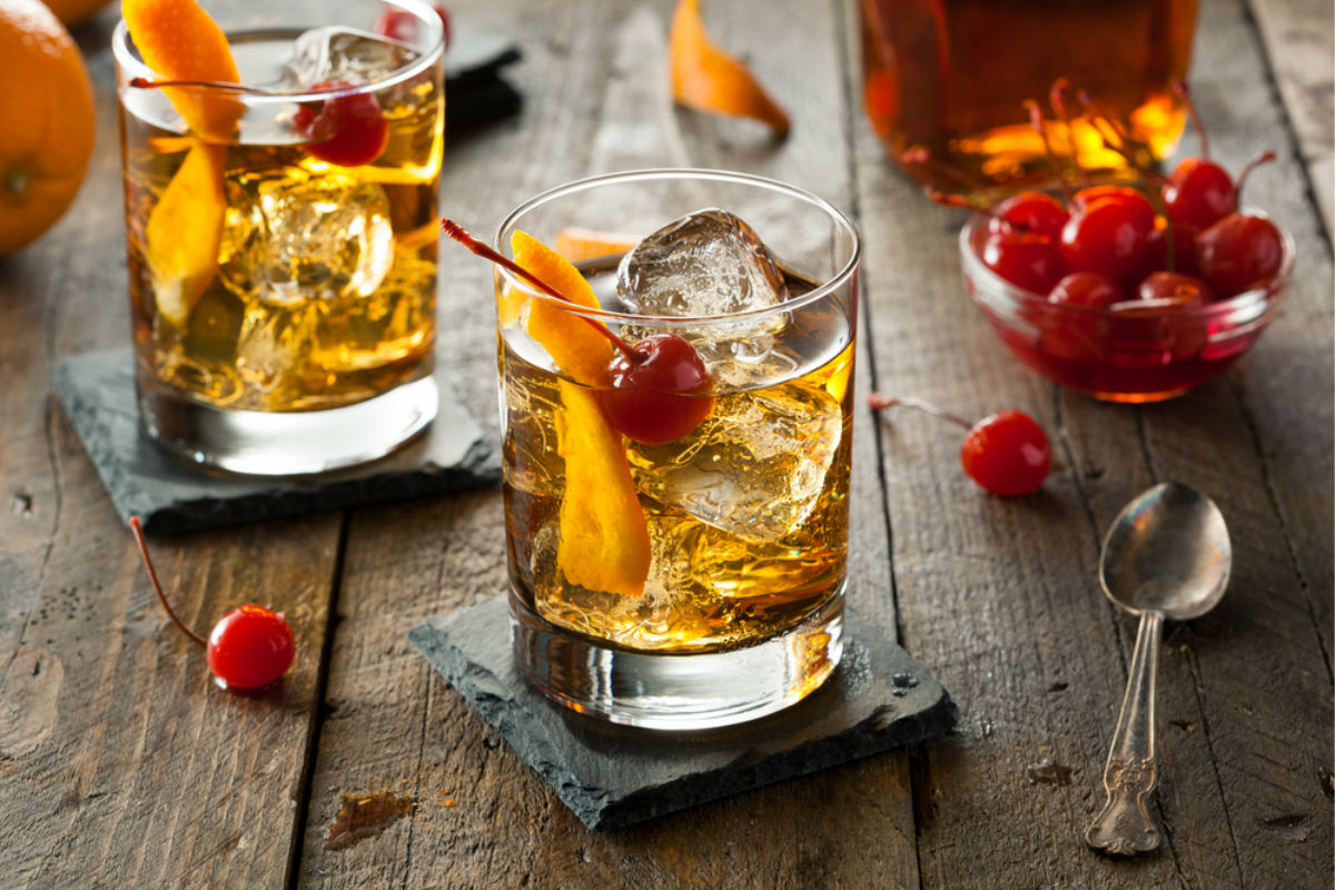 coctel cereza brandy alcohol bebida cócteles
