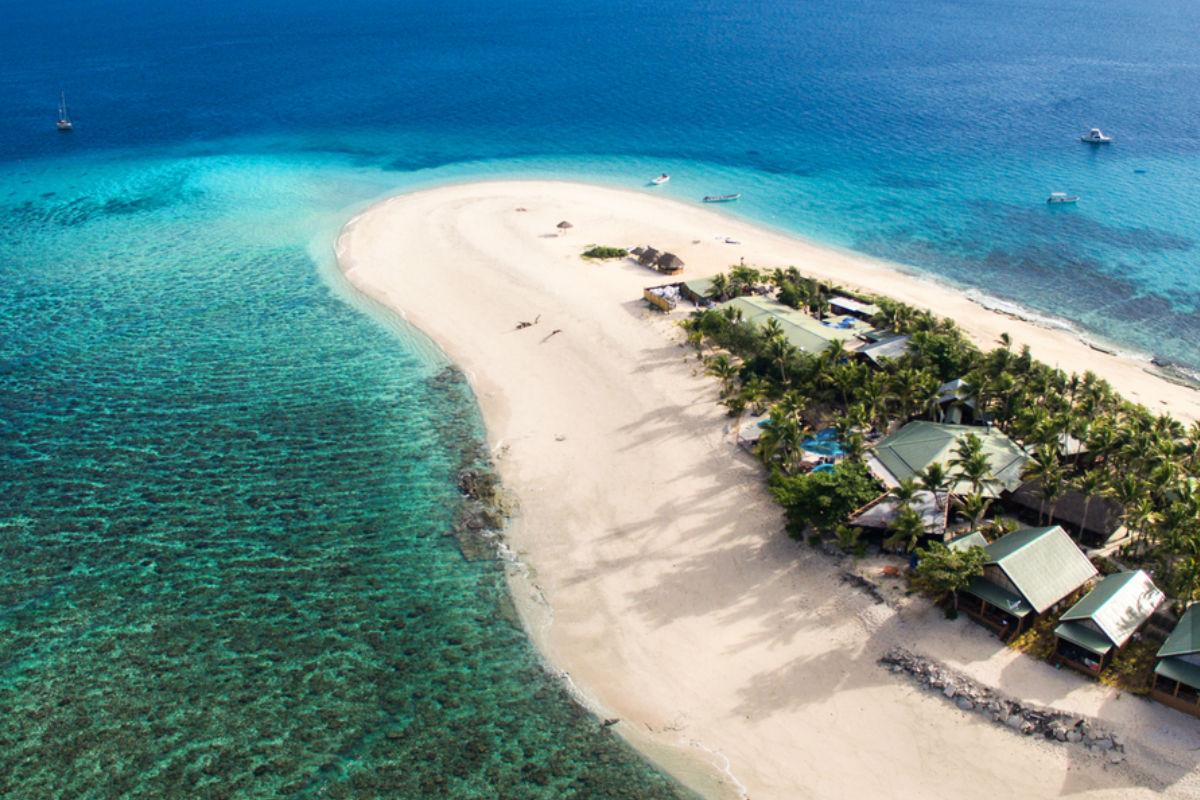 Fiji isla mar playa Namotu Island Resort Tzibanzá