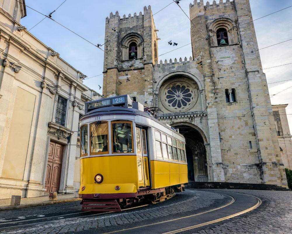 Que Debemos Saber Antes De Viajar: Guía De Viaje: Lo Que Debes Saber Antes De Viajar A Portugal