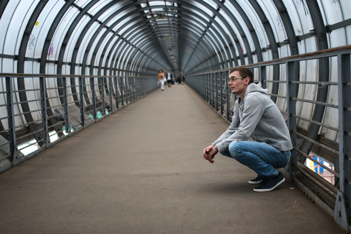 puente sudadera jeans hombre tunel tenis