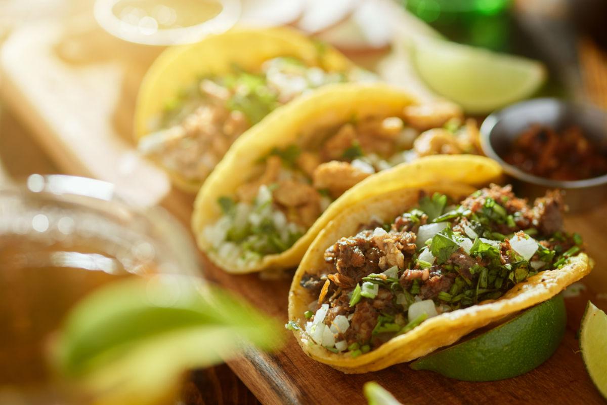 tacos comida mexicana tortilla
