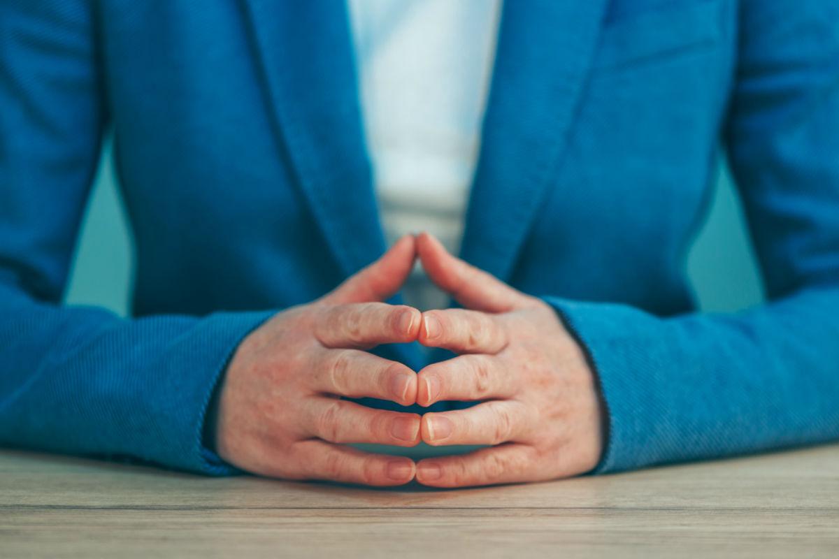 lenguaje-corporal-gestos-evitar