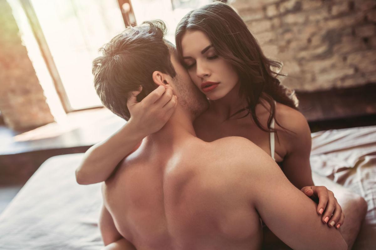 posición-sexual-peligrosa-hombres-olvidan las cosas-noche de pasión- aventura de una noche tenerlo pequeño-relaciones con tu ex