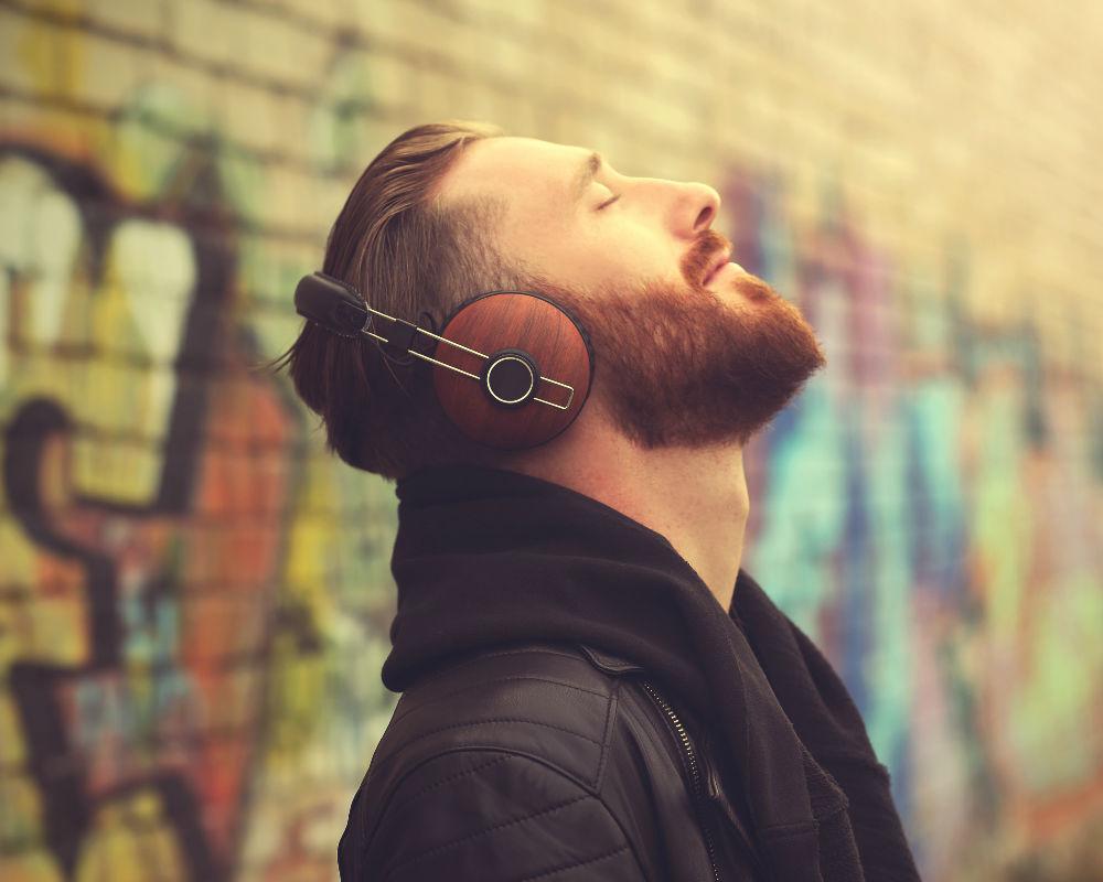 beneficios-escuchar-musica-combatir-ansiedad canciones más felices relajante tipo de música