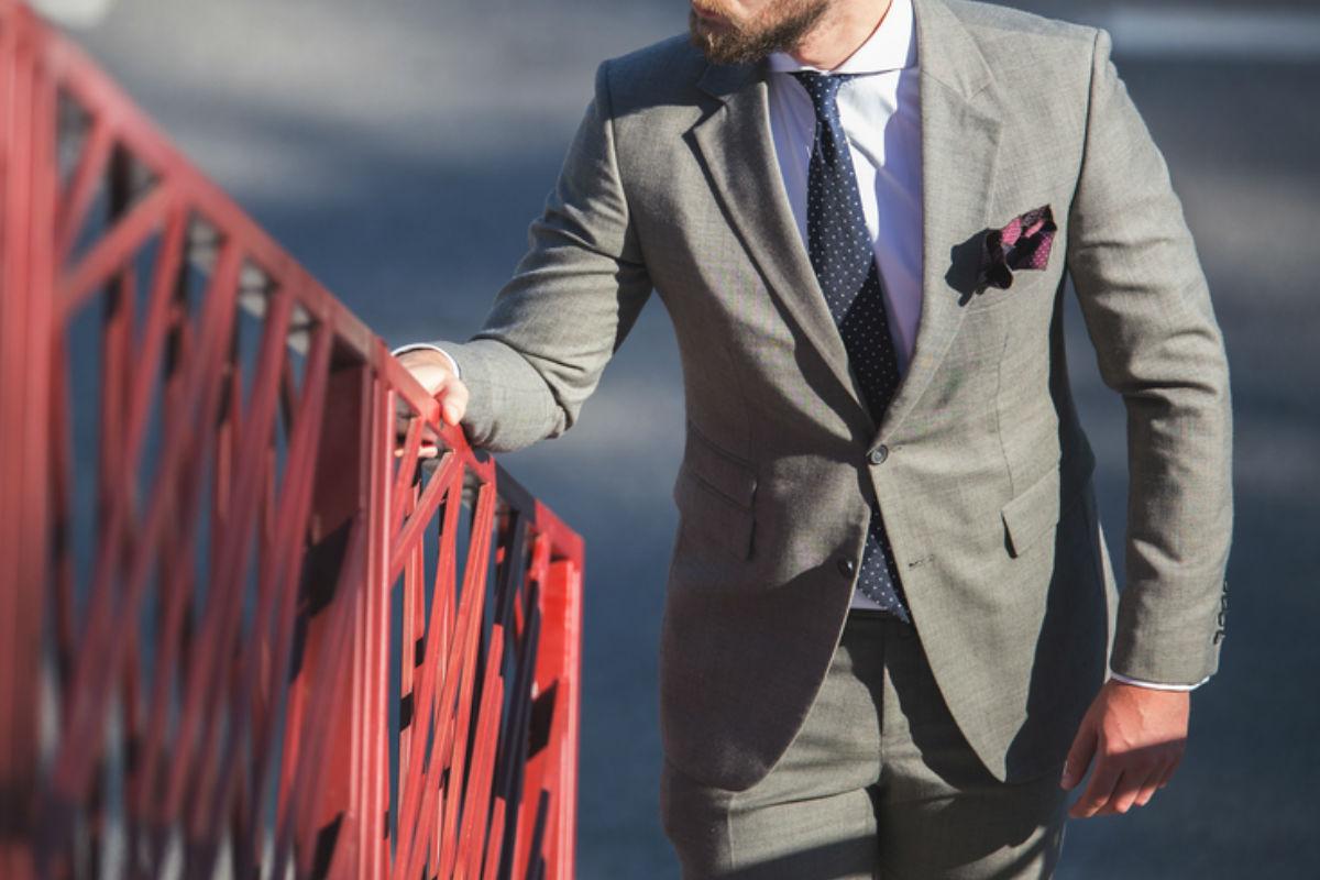 errores-traje-gris
