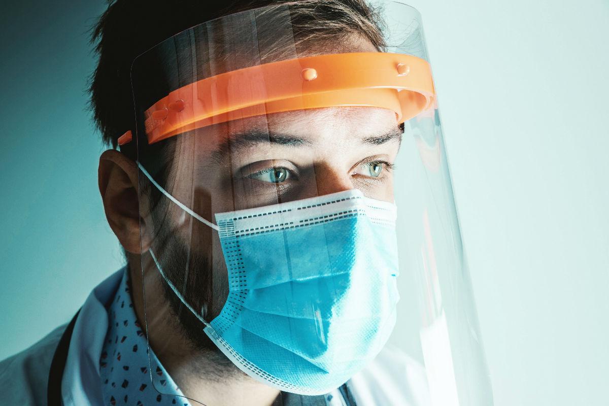 oms-pandemia-mexico-coronavirus-covid-19-al-usar-cubrebocas- semáforo rojo infidelidades