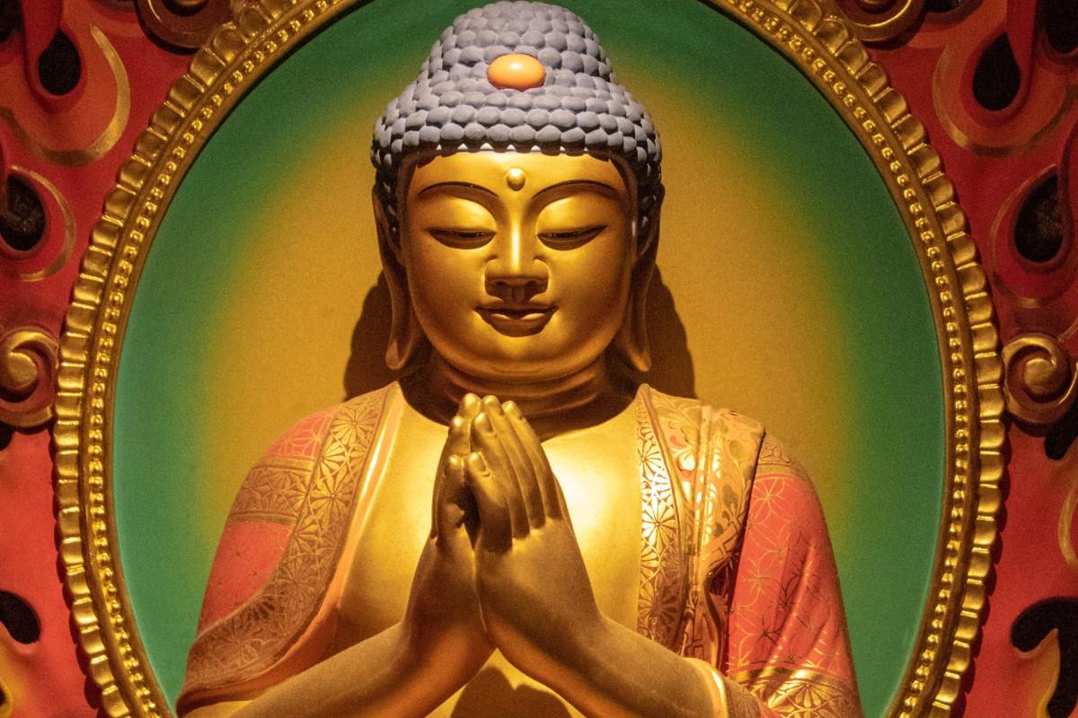 dharma-buda-budismo-karma-adharma